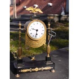 Pendule Empire , bronze et...